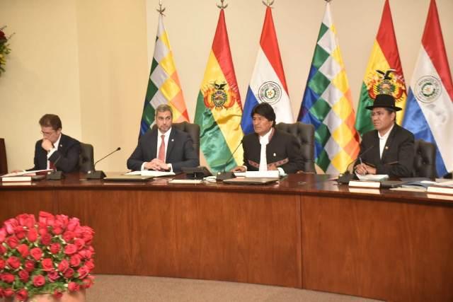 Resultado de imagen para Presidentes de Bolivia y Paraguay sellan alianza estratégica